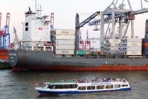 Serrahn-Queen-Hamburg-Schifffahrt-Hafen-1