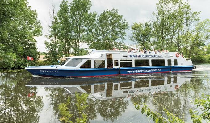 Serrahn-Star-Chartern-Hamburg-1